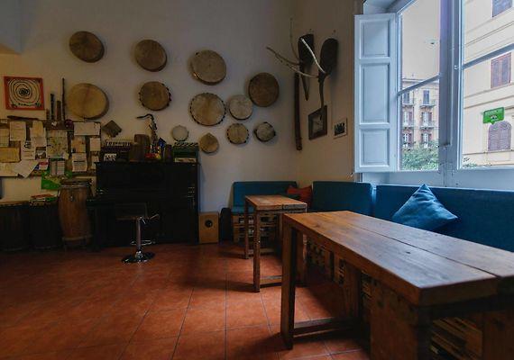 Sala Fumatori Aeroporto Palermo : A casa di amici palermo